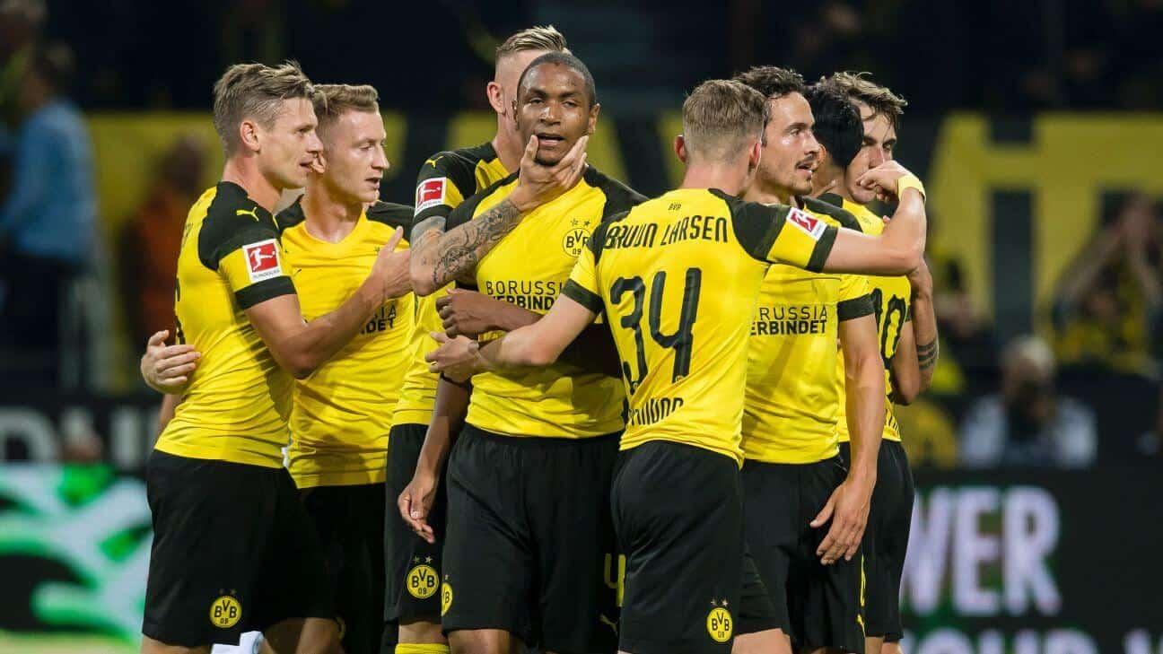 borussia dortmund fc soccer team 2019