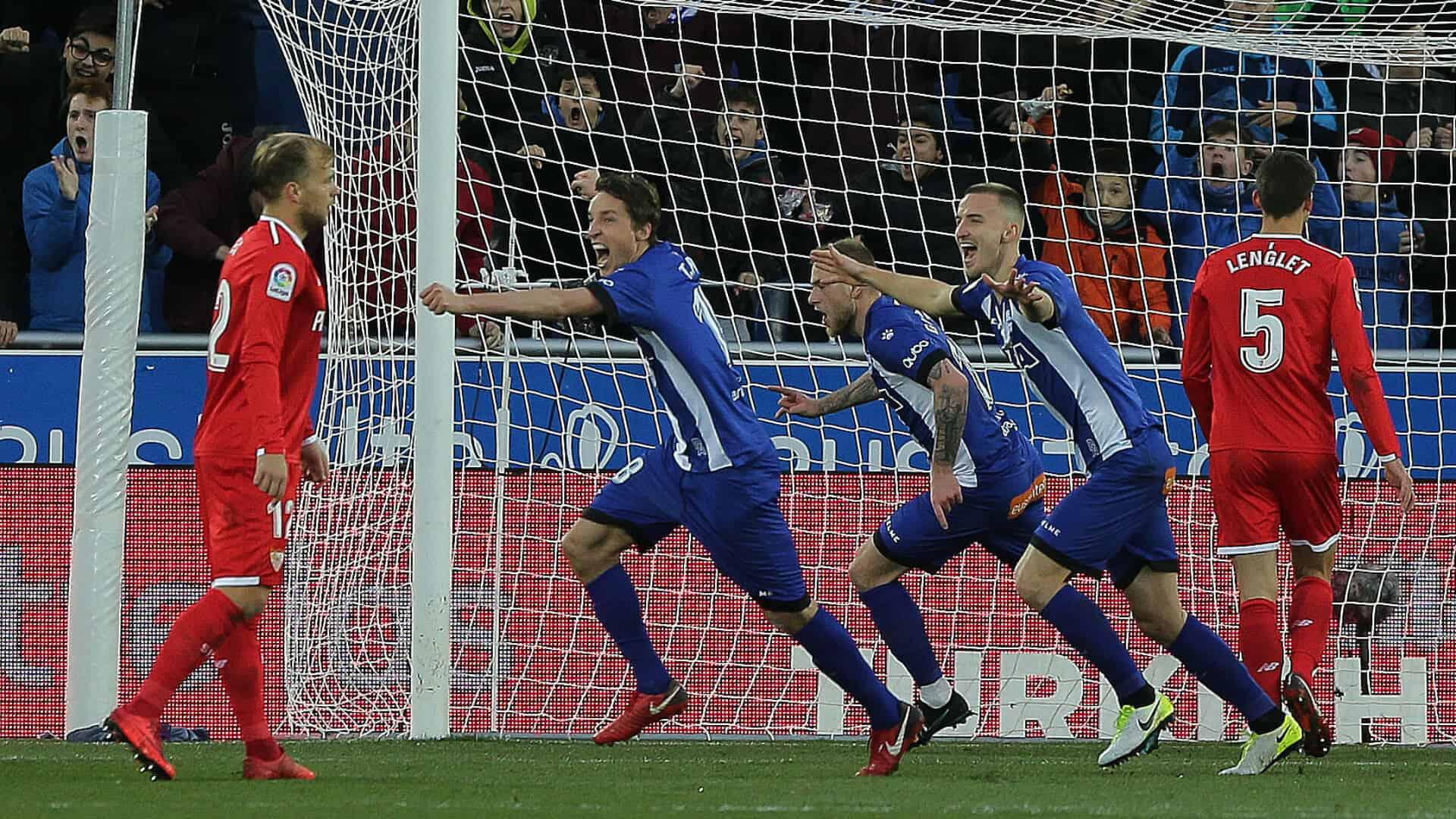 DEPORTIVO ALAVES FC SOCCER TEAM 2019