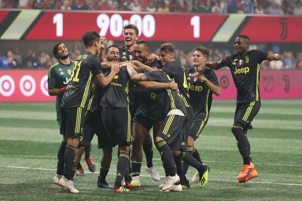 JUVENTUS fc soccer team 2019